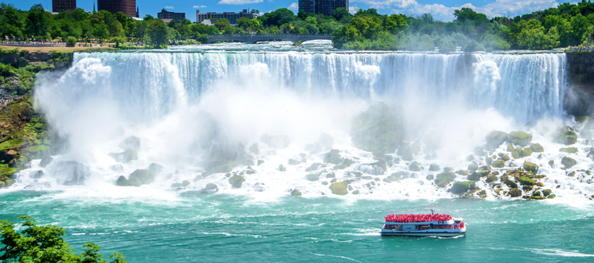 Who Was the First Person to Discover Niagara Falls?